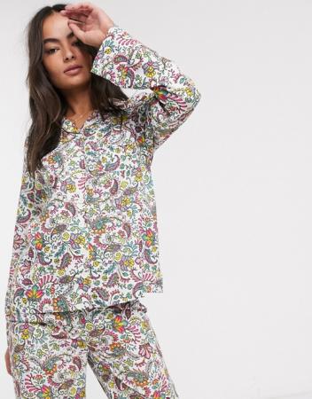 Pyjama met paisleyprint