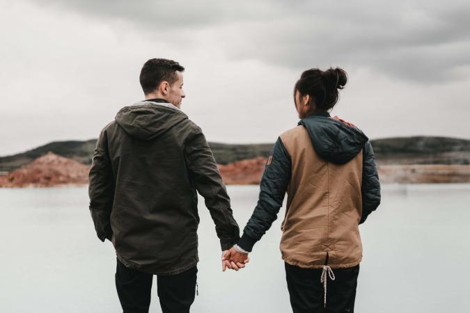 Houd elkaars hand vast