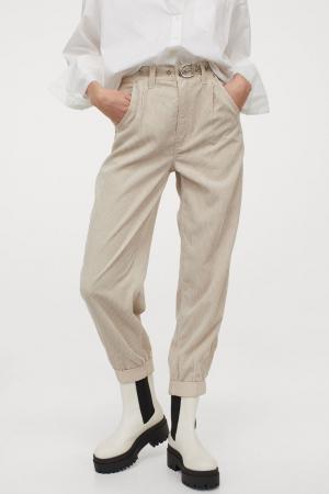 Crèmekleurige broek