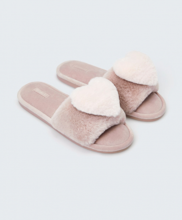 Roze pantoffels met hartje