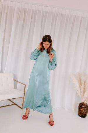 Satijnen midi-jurk in saliegroen