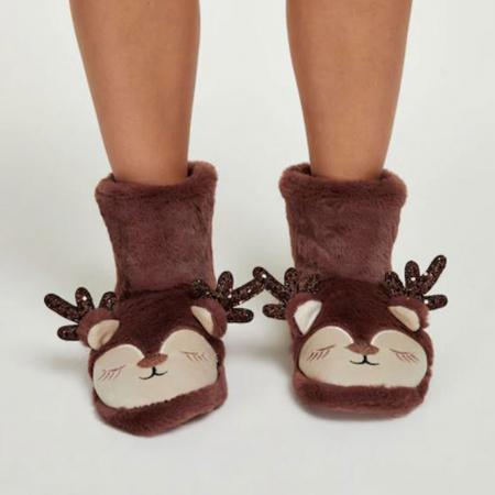Hoge pantoffels rendieren