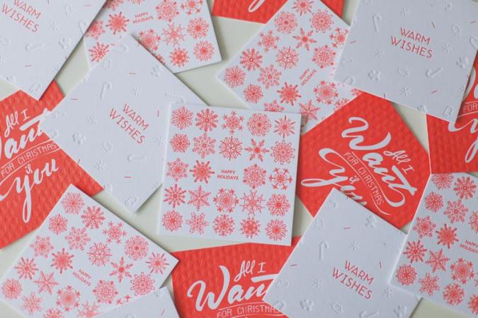 Fluo-oranje letterpresskaarten in kerstthema