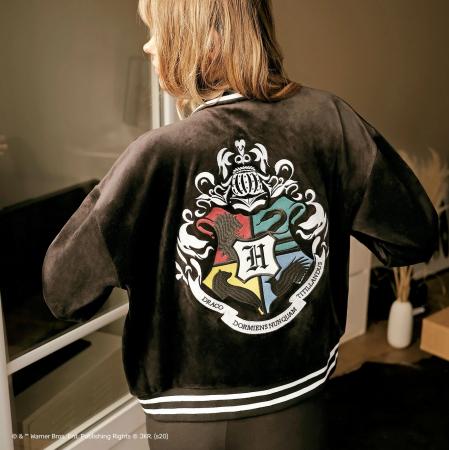 Une veste à emblème
