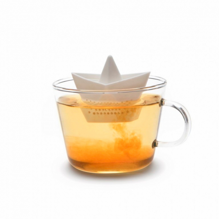 Thee-infuser Paper Boat