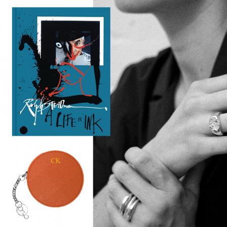 Portemonnee, ringen en boek 'A Life in Ink'