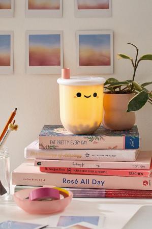 Nachtlampje in de vorm van een beker bubble tea