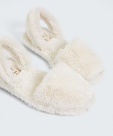 Chaussures minorquines RIA pour Oysho en fausse fourrure