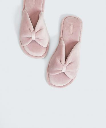 Sandales froncées