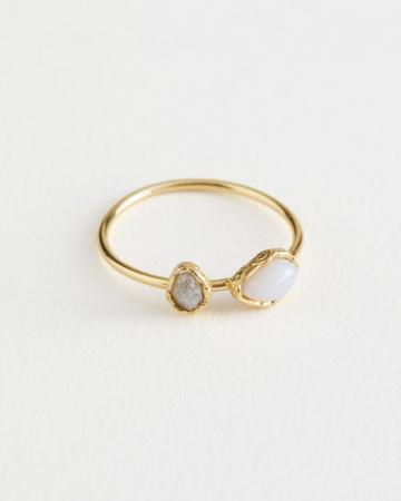 Gouden ring met stenen