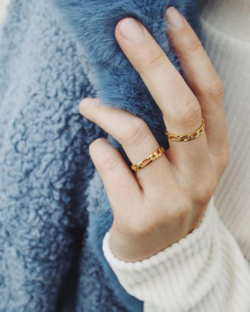 Gouden ring met schakels