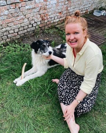Redactrice Laura (31) + adoptiehond Zelda (bijna 2)uit Roemenië