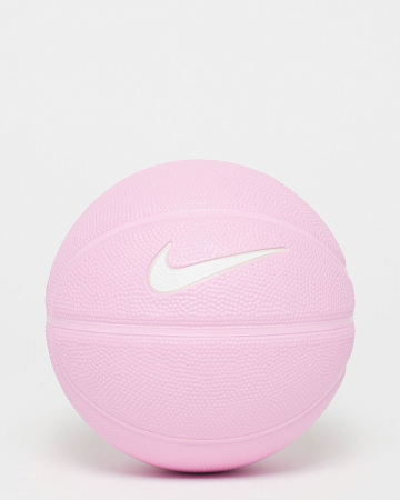 Basketbal om als bloempot om te toveren