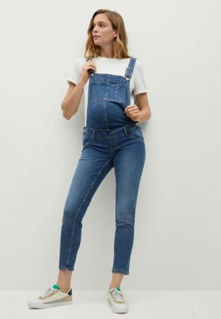 En jean bleu