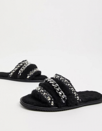 Zwarte slippers met chains