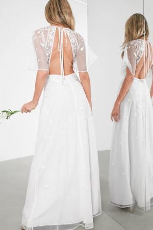 Maxi-jurk met geborduurde bloemen en vlindermouwen