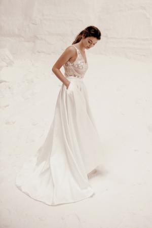 Top transparent avec motif floral + jupe