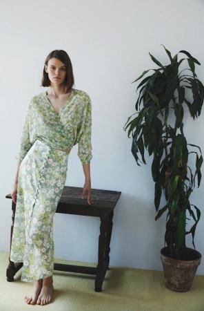 Blouse et jupe à imprimé floral