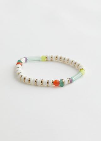 Wit-goudkleurig armbandje met kleurrijke parels