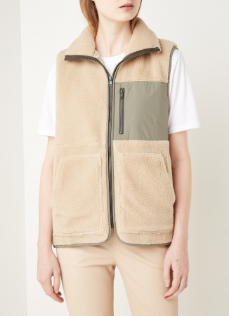 Vest in teddy
