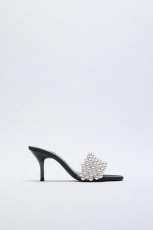 Sandalen met parels