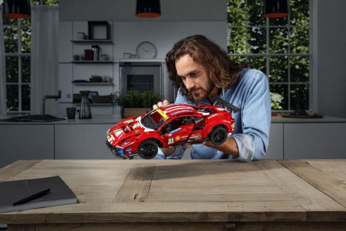 Un kit de construction LEGO