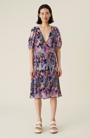 Une robe en georgette aérienne