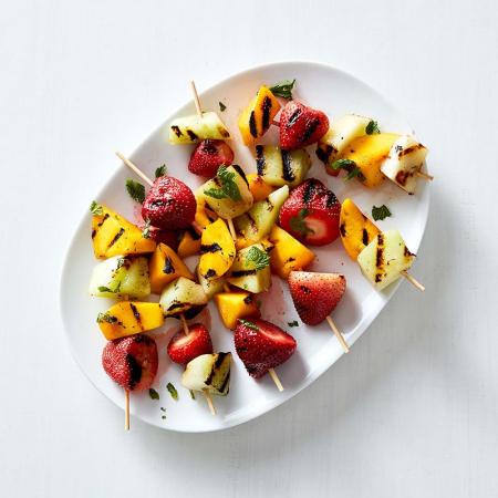 Brochettes de fruits à la noix de coco (3 points)