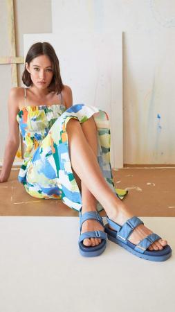 Gewatteerde sandalen in denimlook