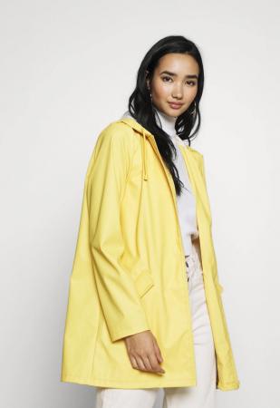 Parka jaune pastel (existe en différentes couleurs)