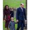 Prins William en gezin op weg naar de kerk