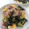 Salade niçoise met verse tonijnsteak