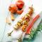 Maandag: kalkoenspiesjes met perzik en rozemarijn