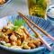 Donderdag: wok met gebakken kip en cashewnoten