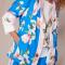 Felblauwe kimono met roze bloemenprint