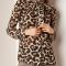 Transparante blouse met lange mouwen en luipaardmotief