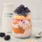 Overnight oats met pindakaas en fruit