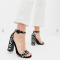 Zwarte sandalen met luipaardprint