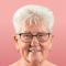 Lucienne (75), weduwe