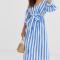 Wit-blauw gestreepte midi-jurk
