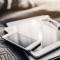 Tablets/telefoons (en bijhorende laders)