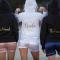 Sweaters met opschriften 'Bride' en 'Bridesmaid'