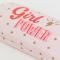 Roze brillendoos met gouden stippen en opschrift 'Girl power'