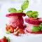 IJssandwich van watermeloen met aardbei- en bananenijs