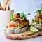 Zalmburger met guacamole (25 min.)