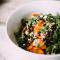 Rucola met persimmon, mandarijnen, veenbessen burrata en walnoten (15 min.)