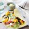 Wrap met pompoen, avocadoroom en kalkoen