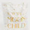 Witte totebag met opschrift 'Stay wild, moon child'
