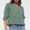 Zwarte blouse met groene bloemenprint en driekwartmouwen