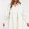 Ivoorkleurige mini-jurk met pofmouwen in jacquard